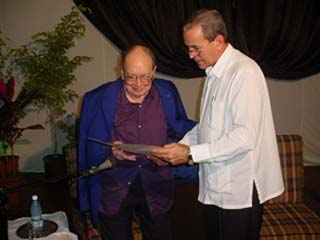 20101020231904-aguevara-rector.jpg