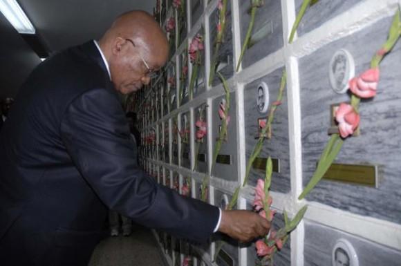 20101206220915-presidente-sudafrica-en-cuba-580x385.jpg