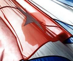 20110311031822-bandera-cubana-marti.jpg