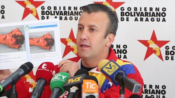 20150826065445-tareck-el-aissami-vocero-del-puesto-de-comando-presidencial-de-venezuela.jpg